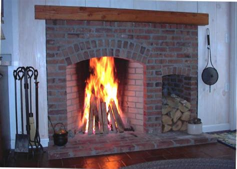 What Is A Rumford Fireplace by Brick Rumfords