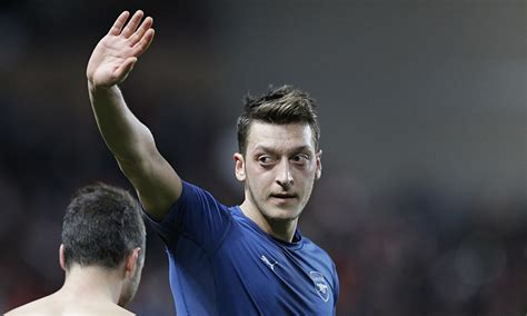 the biography of mesut ozil arsenal s mesut 214 zil faces questions over night out in
