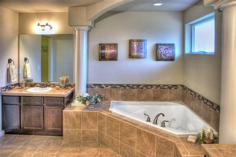 Master Bathroom Tile Ideas by 1000 Images About Columns On