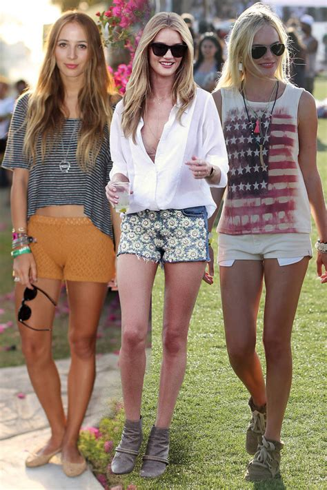 festival fashion style at festivals
