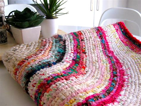 How To Make A Colourful Crochet Rag Rug With Recycled How To Make A Rag Rug