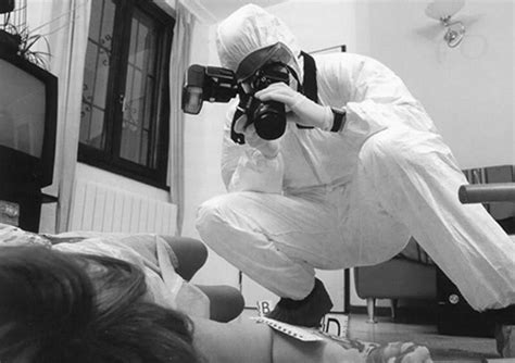 feautures of forensic photography