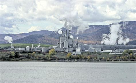 7 workers at paper mill die from exposure to poisonous gases international paper worker killed local news pressrepublican