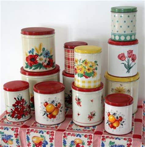 i collecting tin kitchen canisters