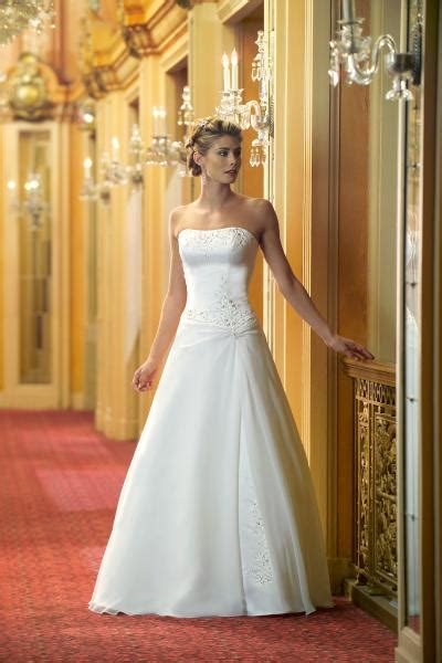 Informal Wedding Dresses by Informal Wedding Dresses 2012 Informal Wedding