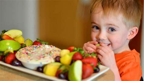 membuat anak doyan makan membuat anak suka makan sayur 5 cara ajarkan anak untuk