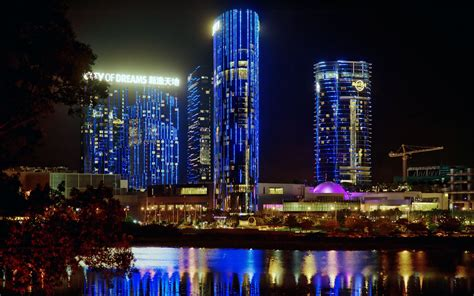 city  dreams macau poker