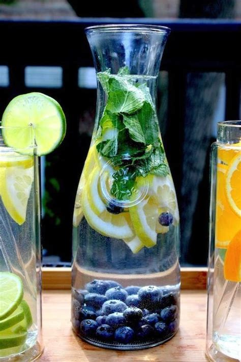 How To Make A Berry Detox Water by 17 Best Images About Daily Water Intake On