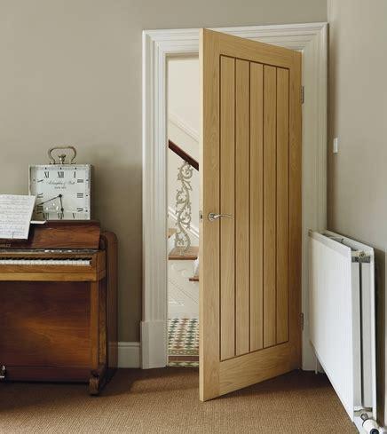 Howdens Interior Doors Dordogne Oak Door Hardwood Doors Doors Joinery Howdens Joinery