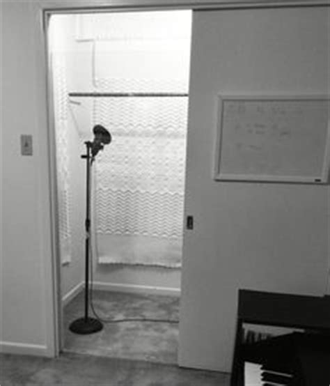 Closet Recording Booth by How To Turn A Closet Into A Vocal Booth With Ronnie Rokk