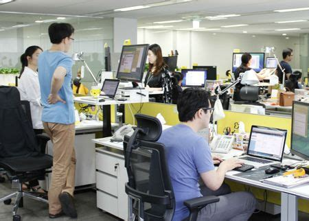Advantages Of Desking To The Employee by 78 Best Images About Benefits Of Standing Desks On
