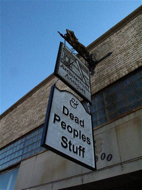 How To Find Dead Peoples The 25 Best Antique Stores Ideas On Antique Store Displays Antique Booth