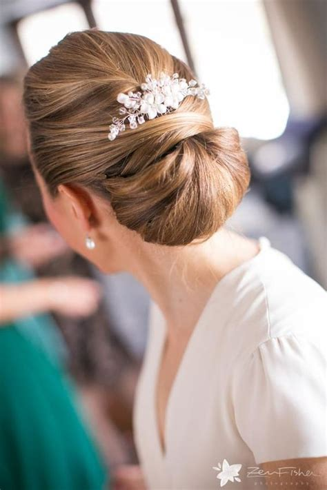 Wedding Hairstyles Chignon by 5 Winter Wedding Hair Tips And 34 Exles Weddingomania
