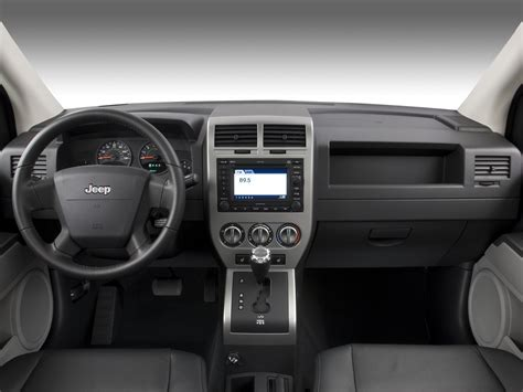 jeep compass limited interior 2007 jeep compass reviews and rating motor trend