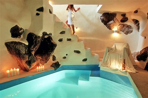 Weddingku Honeymoon Review by Santorini Weddings Honeymoon Hotels