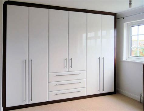 fitted bedroom wardrobes bespoke bedroom furniture