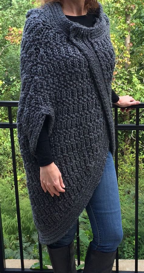 free knitting pattern quick free knitting pattern of cocoon cape quick knit in super
