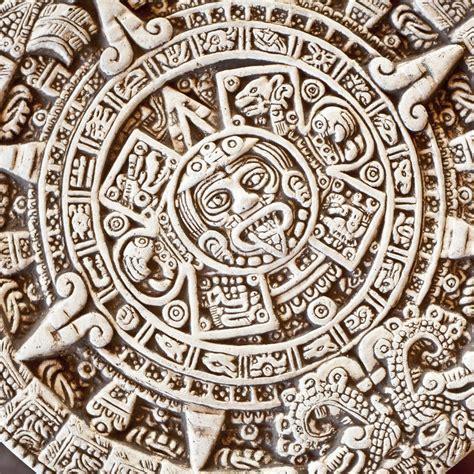 Calendario Azteca Y Piedra Sol Calendario Azteca Piedra Sol Foto De Archivo Imagen