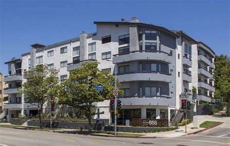 appartment los angeles 888 hilgard rentals los angeles ca apartments com