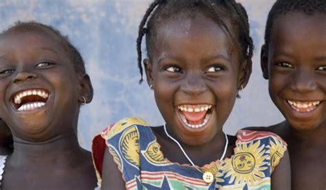 imagenes niños de africa futuro 2055 2000 millones de africanos doble que en la