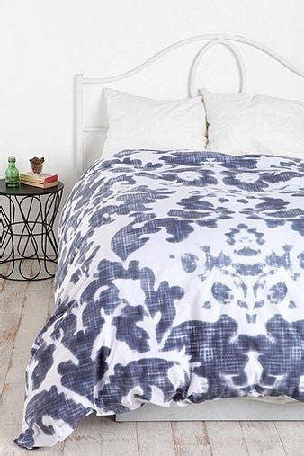 plum bow bedding urbanoutfitters com gt plum bow damask duvet cover