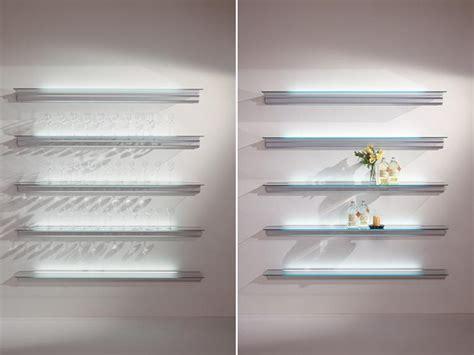 beleuchtung regal regal mit integrierter beleuchtung hialina by bd barcelona