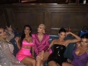 kim kardashian kylie jenner birthday 2018 kylie jenner celebrates her 21st birthday with friends and