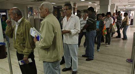 listados pensionados ivss amor mayor 1 mill 243 n 500 mil adultos mayores esperan ser incluidos en