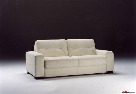 divano letto pelle divano letto matrimoniale moderno in pelle prezzo e dettagli