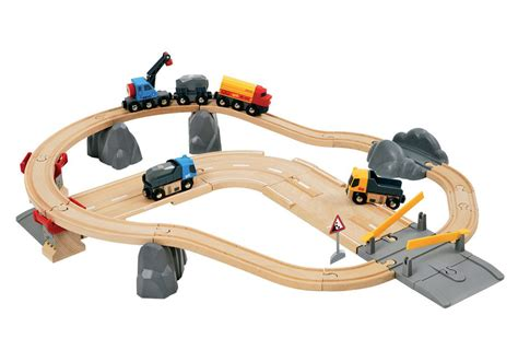 brio road and rail amazon com brio rail and road loading set toys games