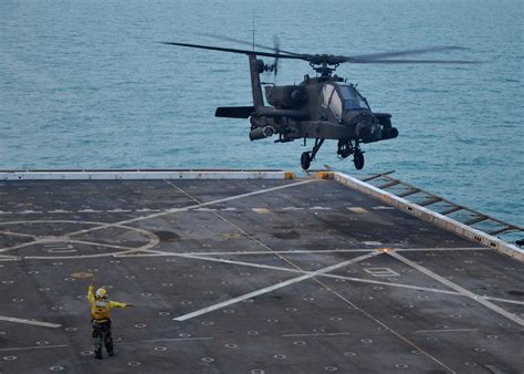 army boats u s army attack helicopters could take on iranian missile