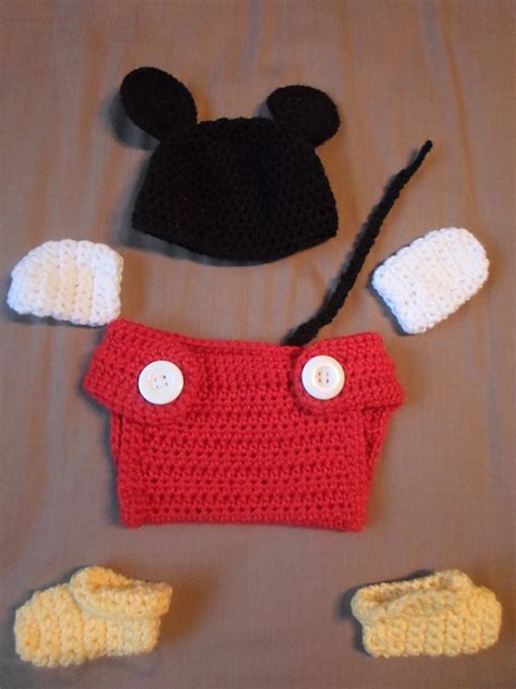 pattern crochet mickey mouse mickey and minnie mouse crochet patterns the best ideas
