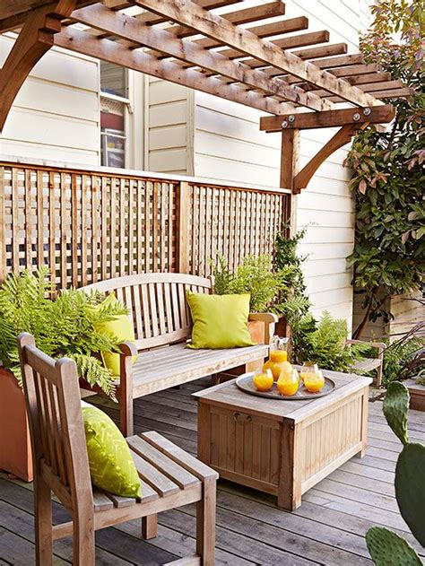 how to transform a small backyard 1000 ideas about small pergola on pinterest pergolas
