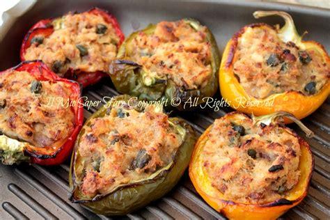 come cucinare i peperoni al forno peperoni ripieni di tonno al forno