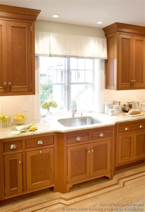 Light Wood Cabinets Kitchen Pictures Of Kitchens Traditional Light Wood Kitchen Cabinets Kitchen 125