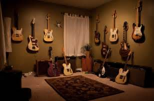 Bedroom Humidifier 5 places not to store your guitar