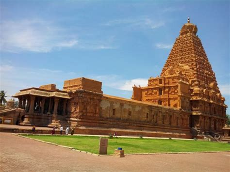 top 20 most beautiful temples in india 13 beautiful ancient temples in india that will take you