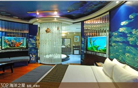 theme hotel video themed hotel rooms fun travel for destinations for the