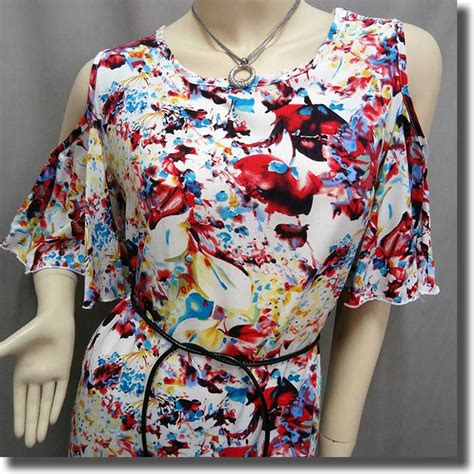 Flowery Tunic bare shoulder flowery flutter sleeve tunic top white