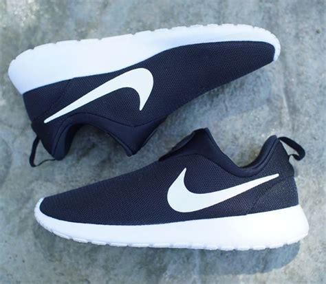 slip on nike running shoes nike roshe run slip on black white sneakers