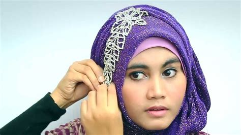 tutorial hijab pashmina glitter simple hijab tutorial 2013 with glitter shawl for party youtube