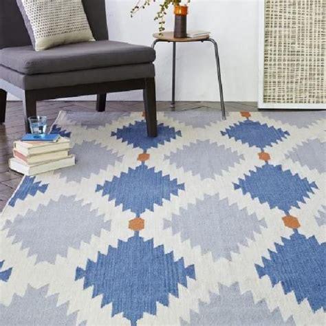jenis layout ruangan dekorasi ruangan dengan 4 jenis karpet agar tambah hangat