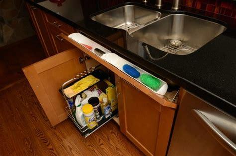 gestell unter lavabo 7 reinigungsmittel tipps platz sparen und sicher lagern