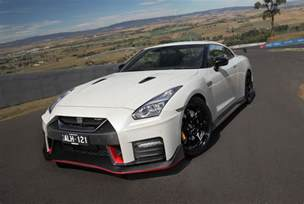Nissan Gtrs 2017 Nissan Gt R Nismo Review Caradvice
