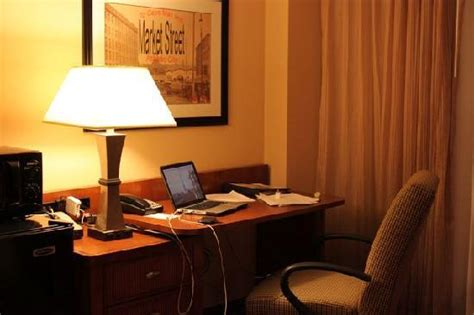 desk in room picture of coco key water resort at