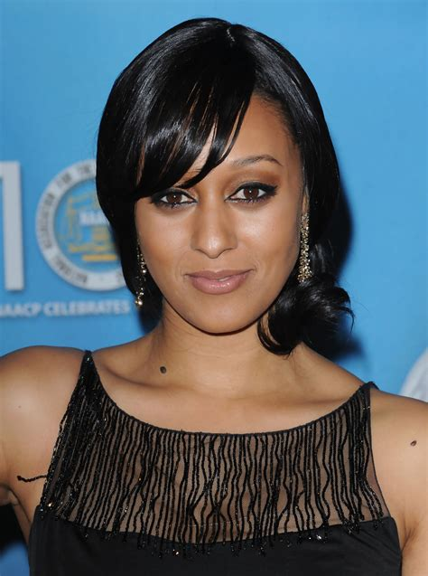 tia mowry long straight hair extensions hairstyle hot tia mowry straight hair hot girls wallpaper