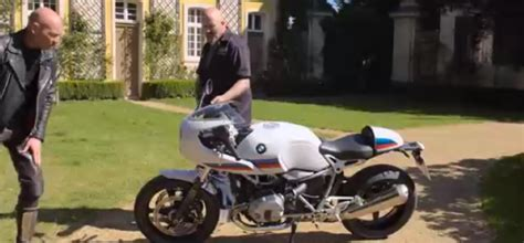 2017 BMW R nine T Racer Review ? Video   DPCcars