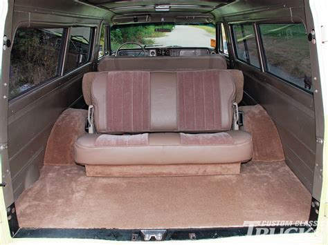 rear seats for suburban 301 moved permanently