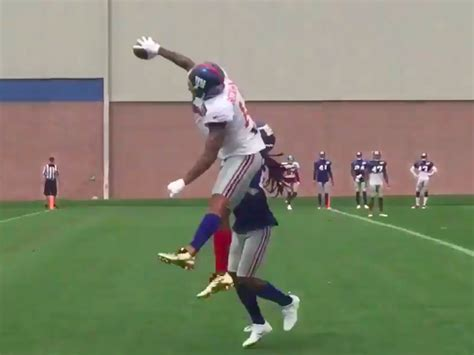 the science of odell beckham jrs incredible onehanded td catch 2014 odell beckham is taking his incredible one handed catches