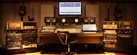 Home Recording Studio For Beginners 12 Essentials Beginners Need To Set Up A Home Recording Studio
